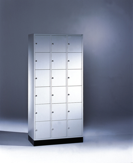 Locker Intro 8670-301
